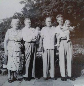 Emma Edward Isidor ja Allan Sandberg kuvaaja ei tiedossa